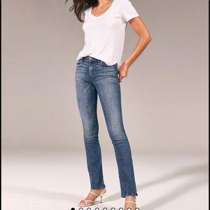 A&F Harper Low Rise Skinny Boot 27/4 L